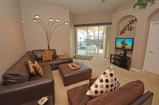Beautiful 4 Bedroom 3 Bath Pool Home in Calabay Parc. 120OD - Image 1 - Davenport - rentals