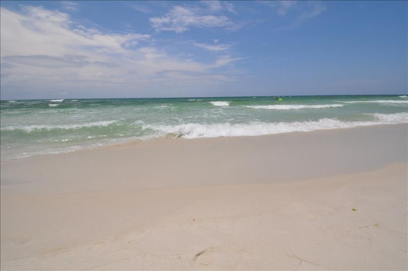 """Emerald Isle Unit 610"" Gulf Front with gorgeous Views!! - Image 1 - Fort Walton Beach - rentals"