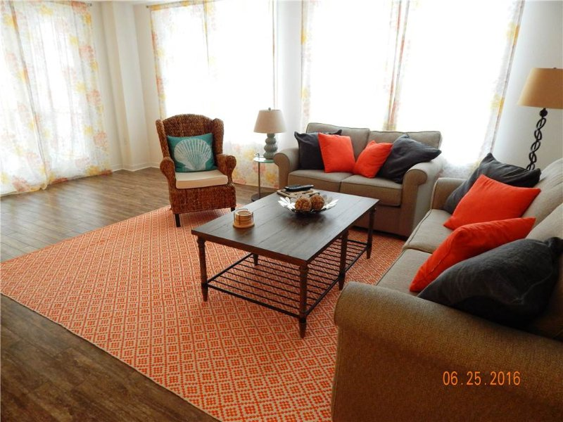 B204 Your Happy Place - Image 1 - Virginia Beach - rentals