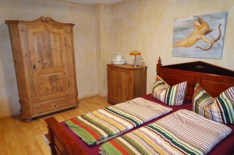 Master Bedroom (1) - Vacation Apartment in Göhren-Lebbin - 614 sqft, lake views, luxury apartments (# 95) - Gohren - rentals