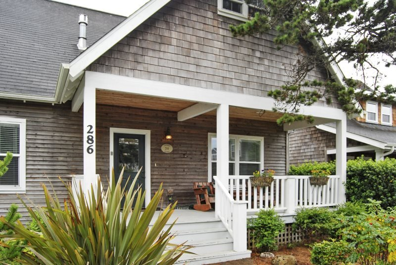 Vintner`s Cottage - Image 1 - Lincoln Beach - rentals