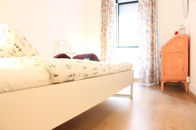 Bica Guest House, at Funicular st. - Image 1 - Lisbon - rentals