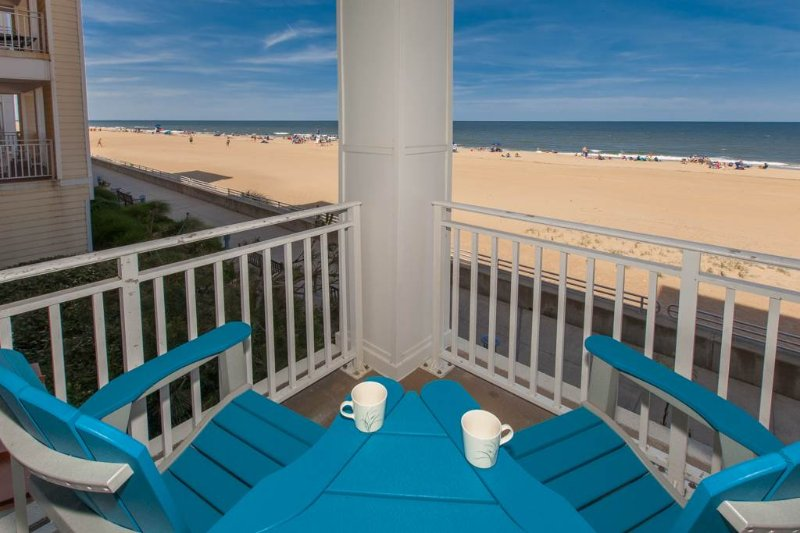 B109 Footprints by the Shore - Image 1 - Virginia Beach - rentals