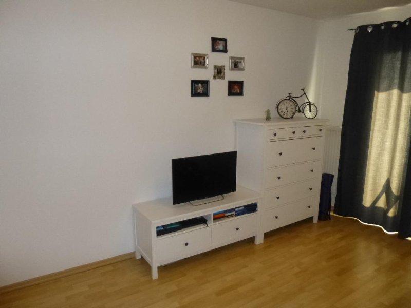 Guest Room in Düsseldorf - 3358 sqft, modern, newly furnished, central (# 9713) #9713 - Guest Room in Düsseldorf - 3358 sqft, modern, newly furnished, central (# 9713) - North Rhine-Westphalia - rentals