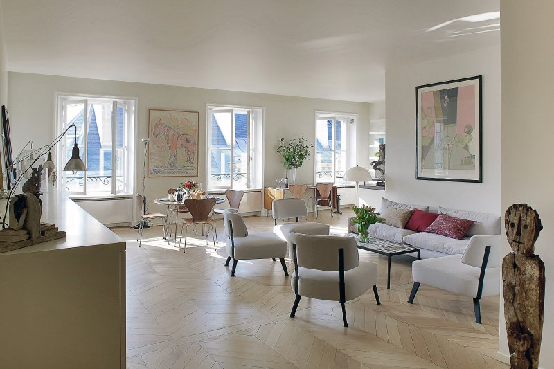 Living room view one - Saint Germain Chic and Trendy Three Bedroom - Paris - rentals
