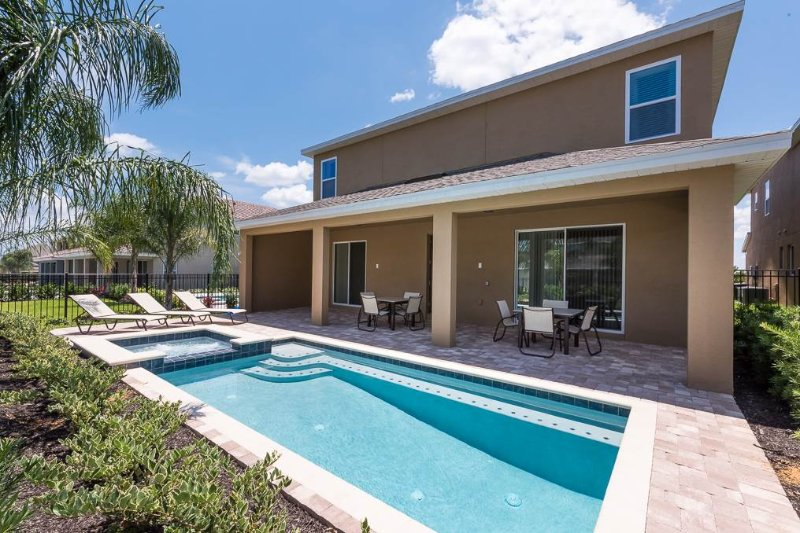 Reunion Holiday Escape, 10 Bedroom, Encore Club, Private Pool, Sleeps 24 - Image 1 - Kissimmee - rentals