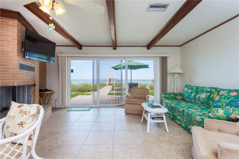 Sandpiper Beach House, Ocean Front, 3 Bedrooms, Sweeping Views, HDTV - Image 1 - Florida North Atlantic Coast - rentals