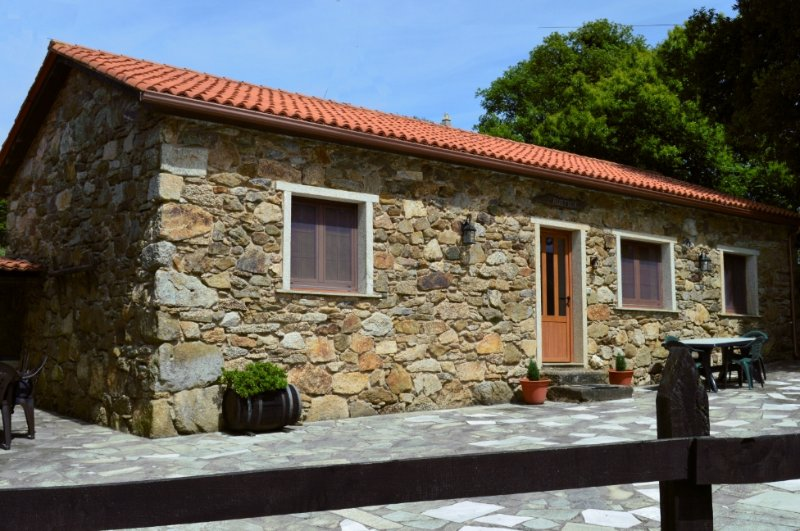 Stone Cottage Rustica - Image 1 - Curtis - rentals