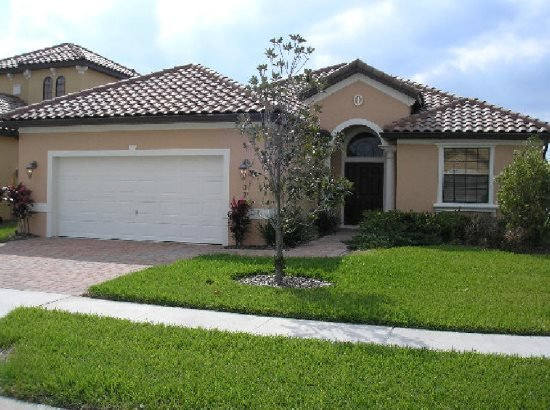 Mediterranean 4 Bedroom 3 Bath Pool Home in Villa Sorrento. 322VSC - Image 1 - Haines City - rentals