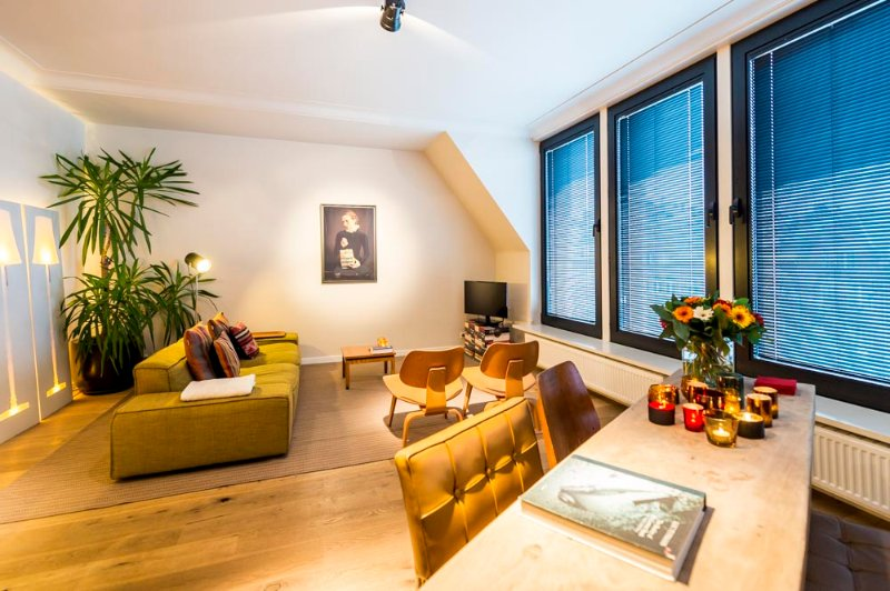 living area - Aplace Antwerp: splendid third floor city flat with a gorgeous view - located in the fashion district area - Antwerp - rentals