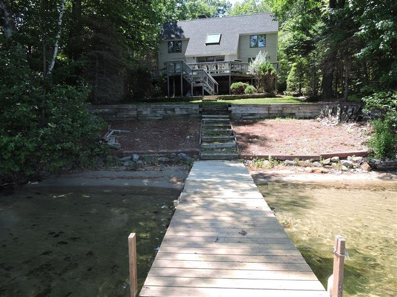 Lake Kanasatka Waterfront-3BR, 2 BA, SAND BEACH - Image 1 - Moultonborough - rentals