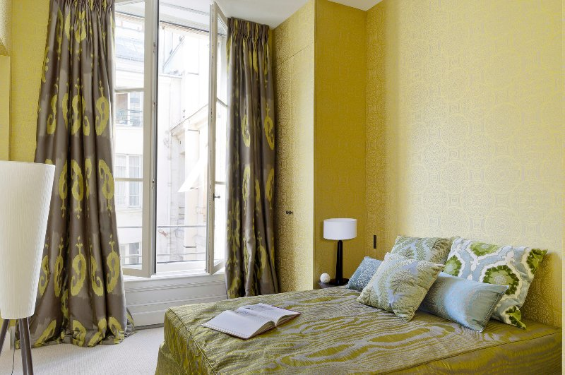 Bedroom Two View One  - Louvre Gorgeous Two Bedroom - Paris - rentals