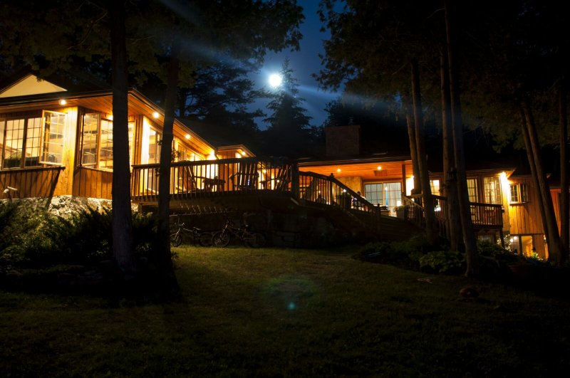 Night view, amazing star gazing. - Waterfront Cottage in Kawartha Lakes 7 Bedrooms, WiFi, 200 ft private lakefront - Kawartha Lakes - rentals