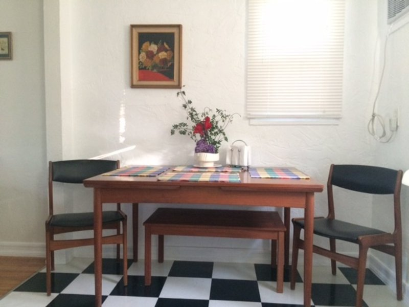Furnished 1-Bedroom Apartment at Exposition Blvd & Dorchester Ave Santa Monica - Image 1 - Santa Monica - rentals