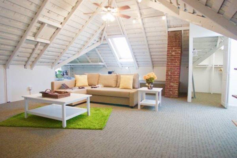 Fully Furnished ! 1 bedroom with huge loft! - Image 1 - Palo Alto - rentals