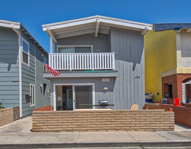 Front - 125 A 39th Street - Lower 3 Bed 2 Bath - Newport Beach - rentals