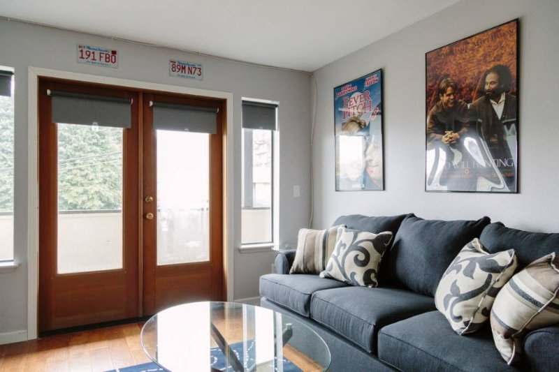 Furnished 2-Bedroom Condo at E Madison St & E Thomas St Seattle - Image 1 - Seattle - rentals