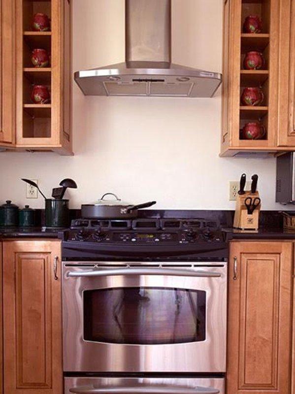 Furnished 3-Bedroom Townhouse at Babcock St & Winslow Rd Brookline - Image 1 - Brookline - rentals