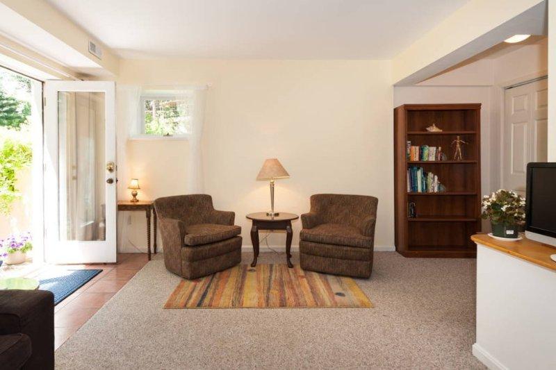 Garden Suite near Metro (Bethesda) - Image 1 - Bethesda - rentals