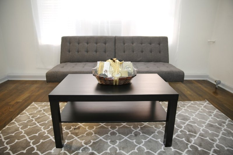 Furnished 1-Bedroom Apartment at Franklin Ave & N Cherokee Ave Los Angeles - Image 1 - Los Angeles - rentals