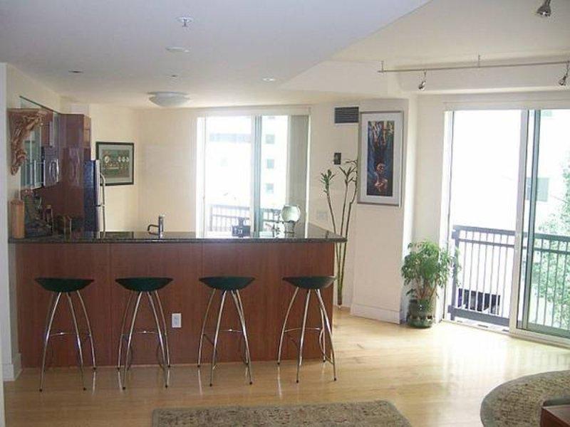 Furnished 1-Bedroom Apartment at 1st St & Lansing St San Francisco - Image 1 - San Francisco - rentals
