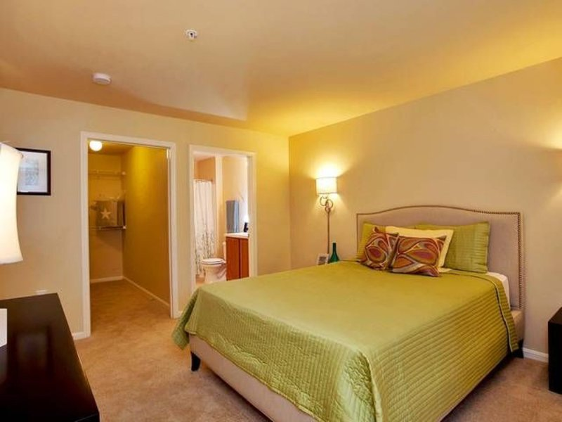 Furnished 1-Bedroom Apartment at Lakeside Blvd & Appleford Cir Owings Mills - Image 1 - Owings Mills - rentals
