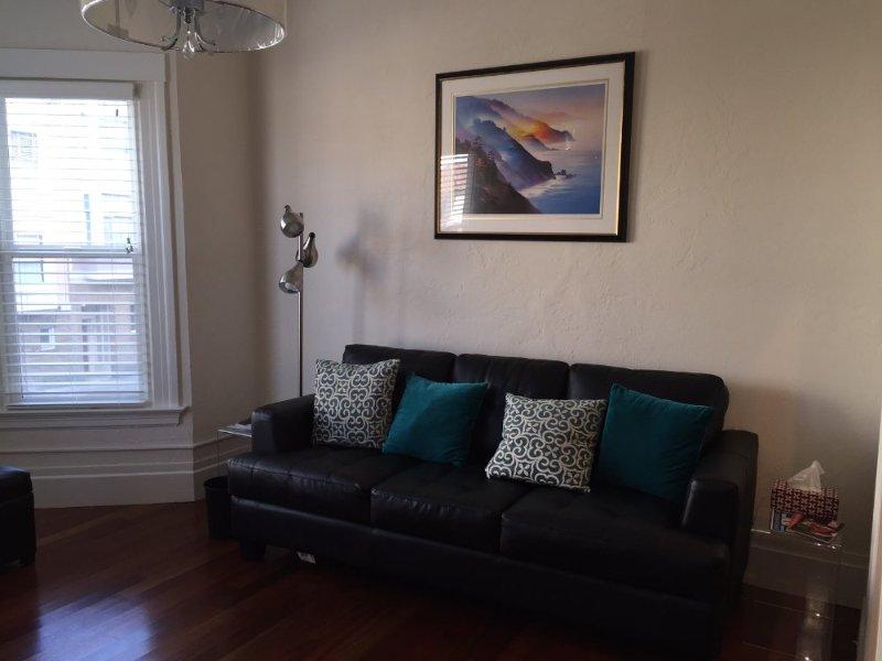 Furnished 2-Bedroom Flat at Green St & Mason St San Francisco - Image 1 - San Francisco - rentals