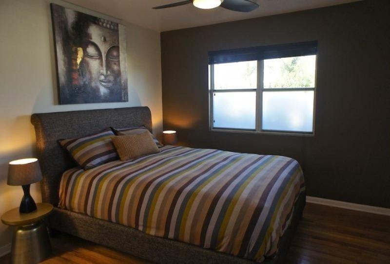 COZY AND WARM 2 BEDROOM, 1.75 BATHROOM APARTMENT - Image 1 - Santa Monica - rentals