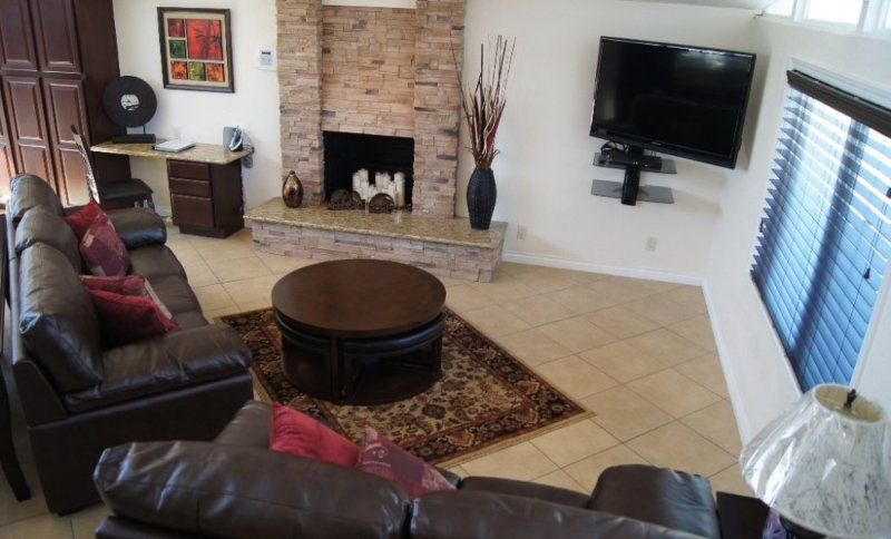 Furnished 3-Bedroom Home at W Romneya Dr & N Maple St Anaheim - Image 1 - Anaheim - rentals