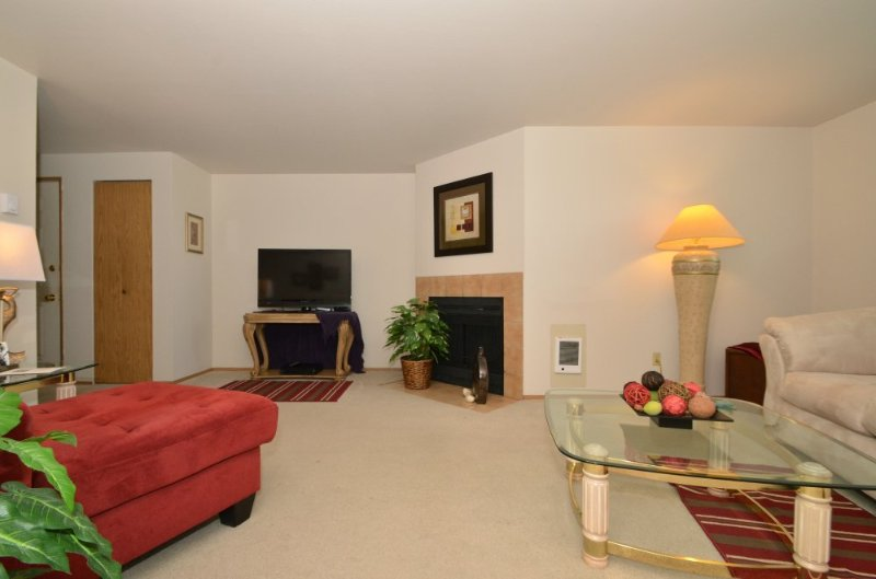 Furnished 1-Bedroom Apartment at W Casino Rd & Somerset Dr Everett - Image 1 - Everett - rentals
