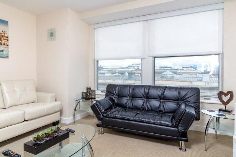 Furnished 2-Bedroom Apartment at E St NW & 8th St NW Washington - Image 1 - Washington DC - rentals
