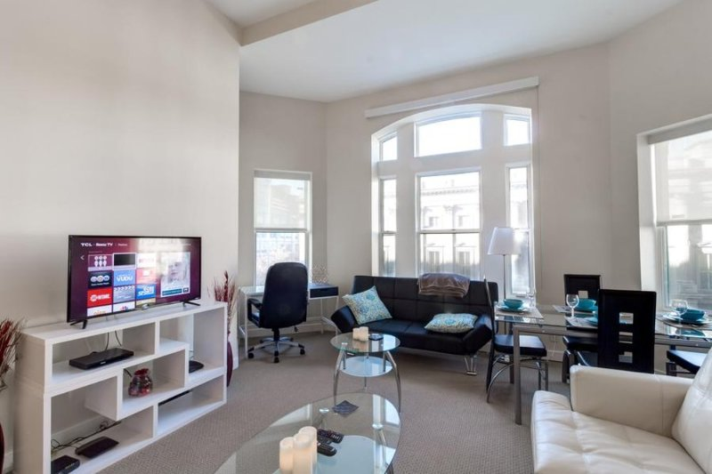 Furnished 2-Bedroom Apartment at H St NW & 5th St NW Washington - Image 1 - Washington DC - rentals