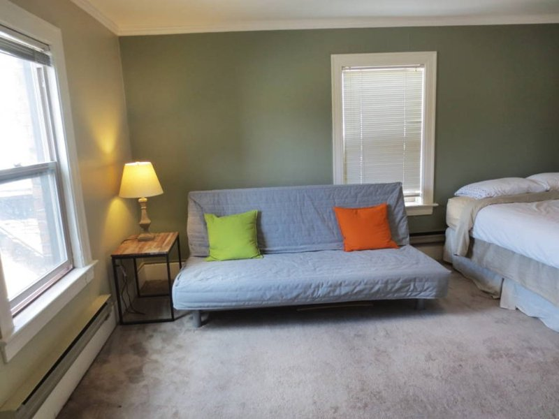 Furnished Studio Apartment at NE 45th St & Brooklyn Ave NE Seattle - Image 1 - Seattle - rentals