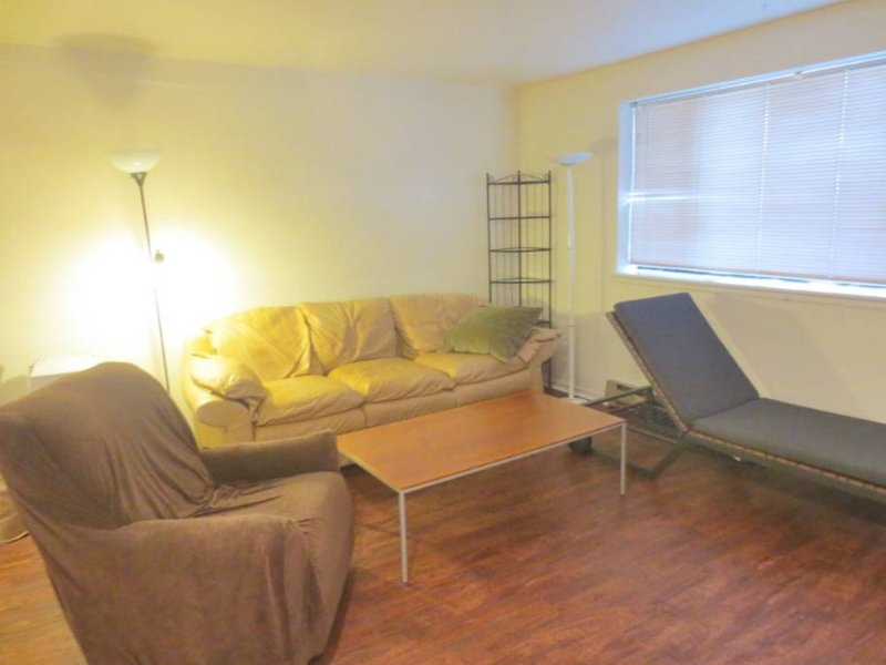 Furnished 2-Bedroom Apartment at 11th Ave NE & NE 42nd St Seattle - Image 1 - Seattle - rentals
