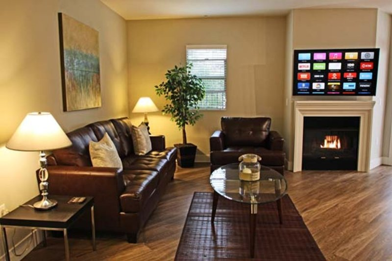 Furnished 2-Bedroom Apartment at Weyburn Ave & Tiverton Ave Los Angeles - Image 1 - Los Angeles - rentals