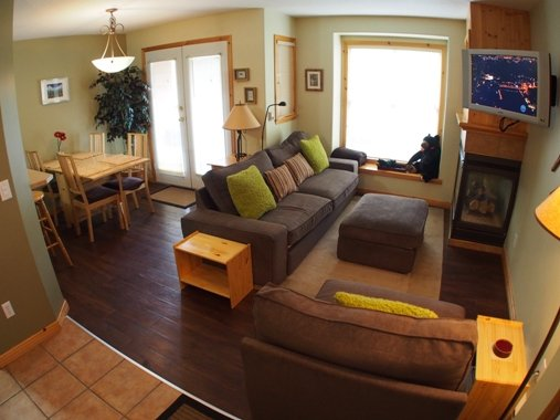 Living and Dining - Crystal Forest Condos - 23 - Sun Peaks - rentals