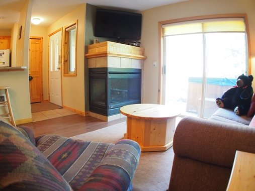 Living room - Crystal Forest Condos - 08 - Sun Peaks - rentals