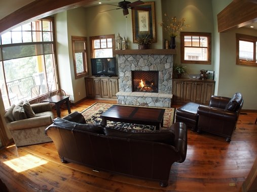 Living room with Fireplace - Bridge Gate Townhouses - BG09 - Sun Peaks - rentals