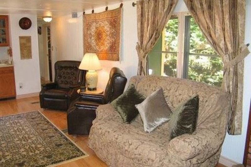 Furnished 2-Bedroom Apartment at Gravenstein Hwy N & Mays Canyon Rd Guerneville - Image 1 - Guerneville - rentals