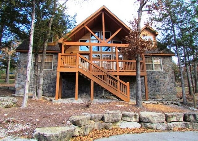 Stone's Throw Lodge - Stone's Throw - 4 bedroom 4 bath lodge located at gorgeous StoneBridge Resort - Branson West - rentals