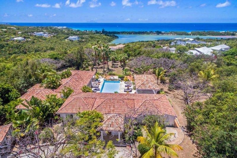 La Pinta... Terres Basses, St Martin 800 480 8555 - LA PINTA...4 master suites,Tennis Court & Gym, lovely pool area - Terres Basses - rentals