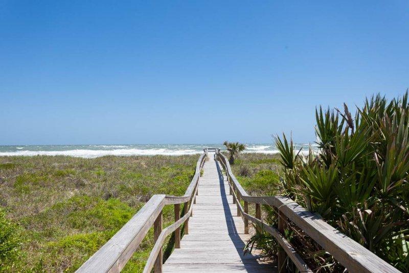 Seaside Bungalow, 3 bedrooms, Beach Side, Vilano Beach, St Augustine - Image 1 - Saint Augustine - rentals