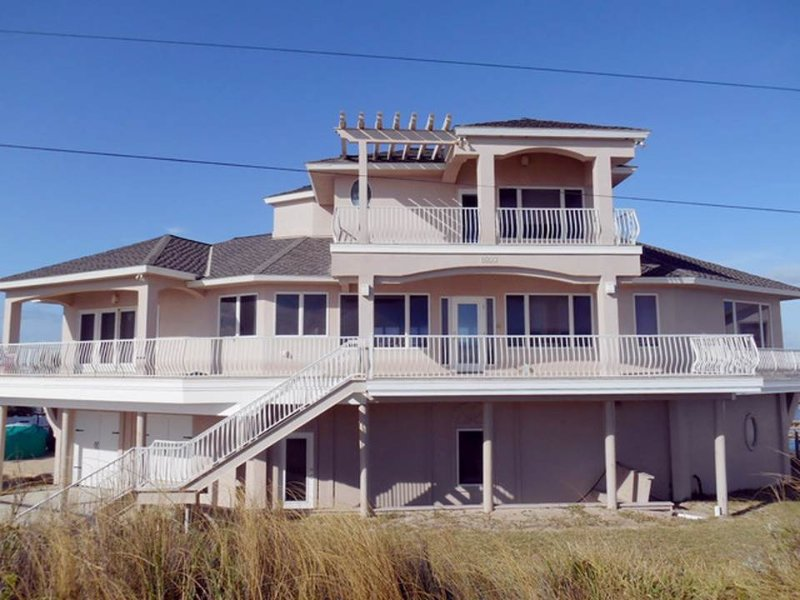 Dolphin Cay, 4 Bedroom Beach House, Direct Beach Front - Image 1 - Marineland - rentals