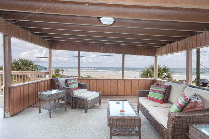 Lenoras Pelican Beach House Upper Level, 3 Bedroom, OceanFront, Sleeps 6 - Image 1 - Marineland - rentals