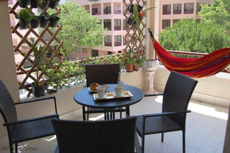 Cascais with Cosy Sunny Balcony - Image 1 - Cascais - rentals