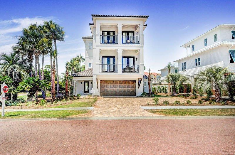 house front view - Sunset Sails - Destin - rentals