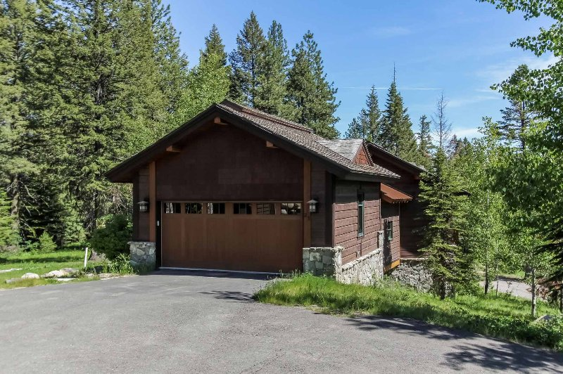 Steelhead Custom Chalet 23 - Image 1 - Donnelly - rentals