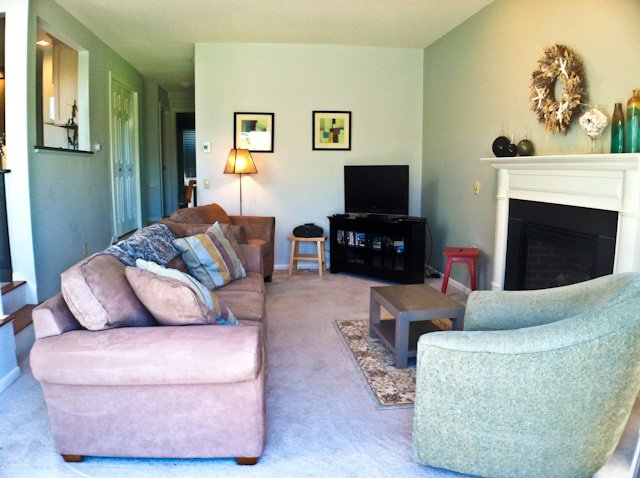 Living area - Bayside Ocean Edge: 3 Bedrooms with Central A/C, Beach & Pool - BP0397 - Brewster - rentals