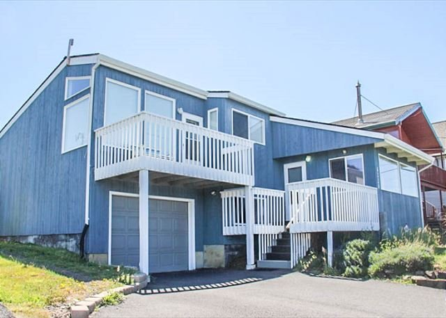 Easy Beach Access in the Heart of Roads End - Image 1 - Lincoln City - rentals