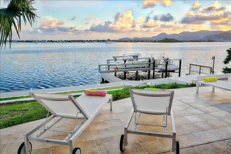 5 bedroom villa with private boat dock - Image 1 - Marigot - rentals